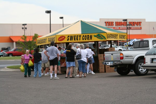 Sweet Corn Stand - People in Line